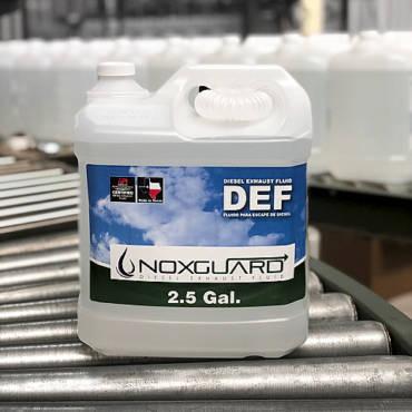 Botella de 9 lts. (2.5 galones) Urea Noxguard